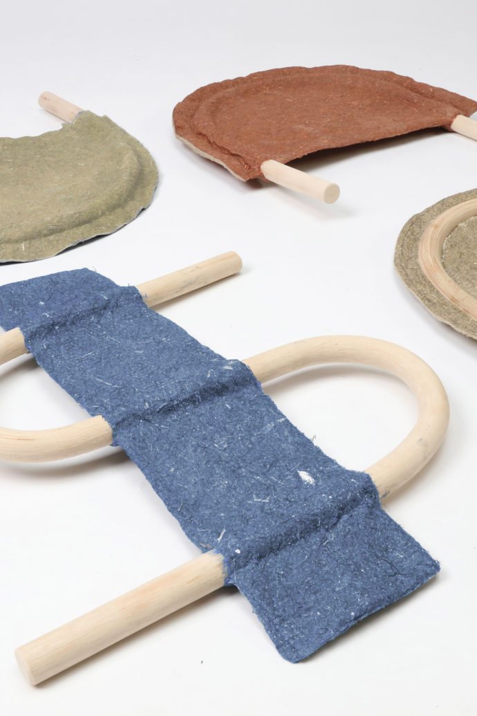 Philipp Hainke's hemp plates are stabilized with a natural adhesive.