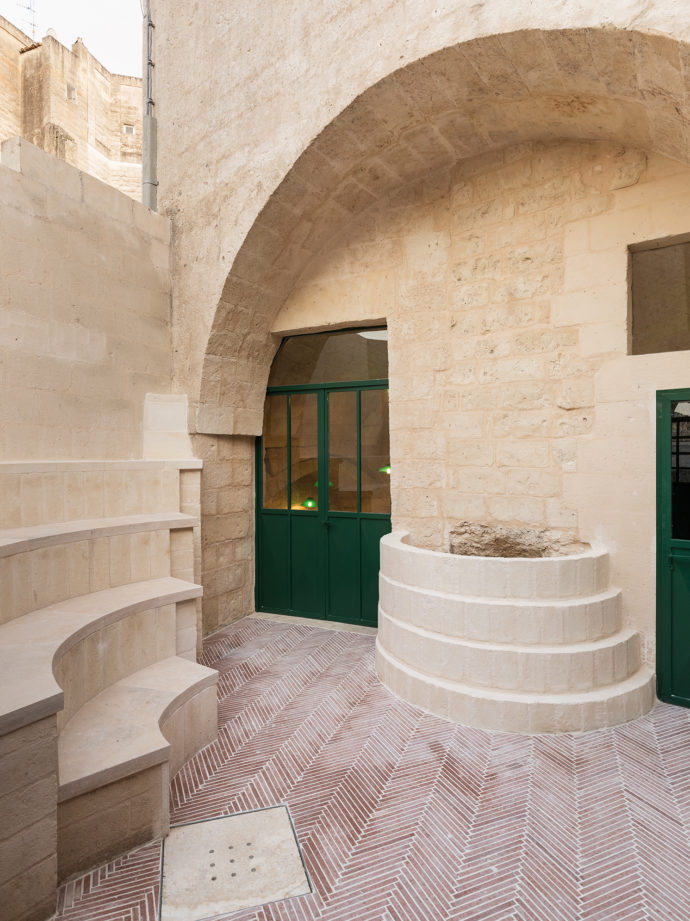 Enoteca Dai Tosi in Matera - Entrance