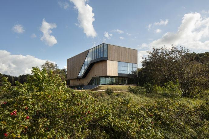 Besucherzentrum an der Küste von Cuxhaven von Holzer Kobler Architekturen