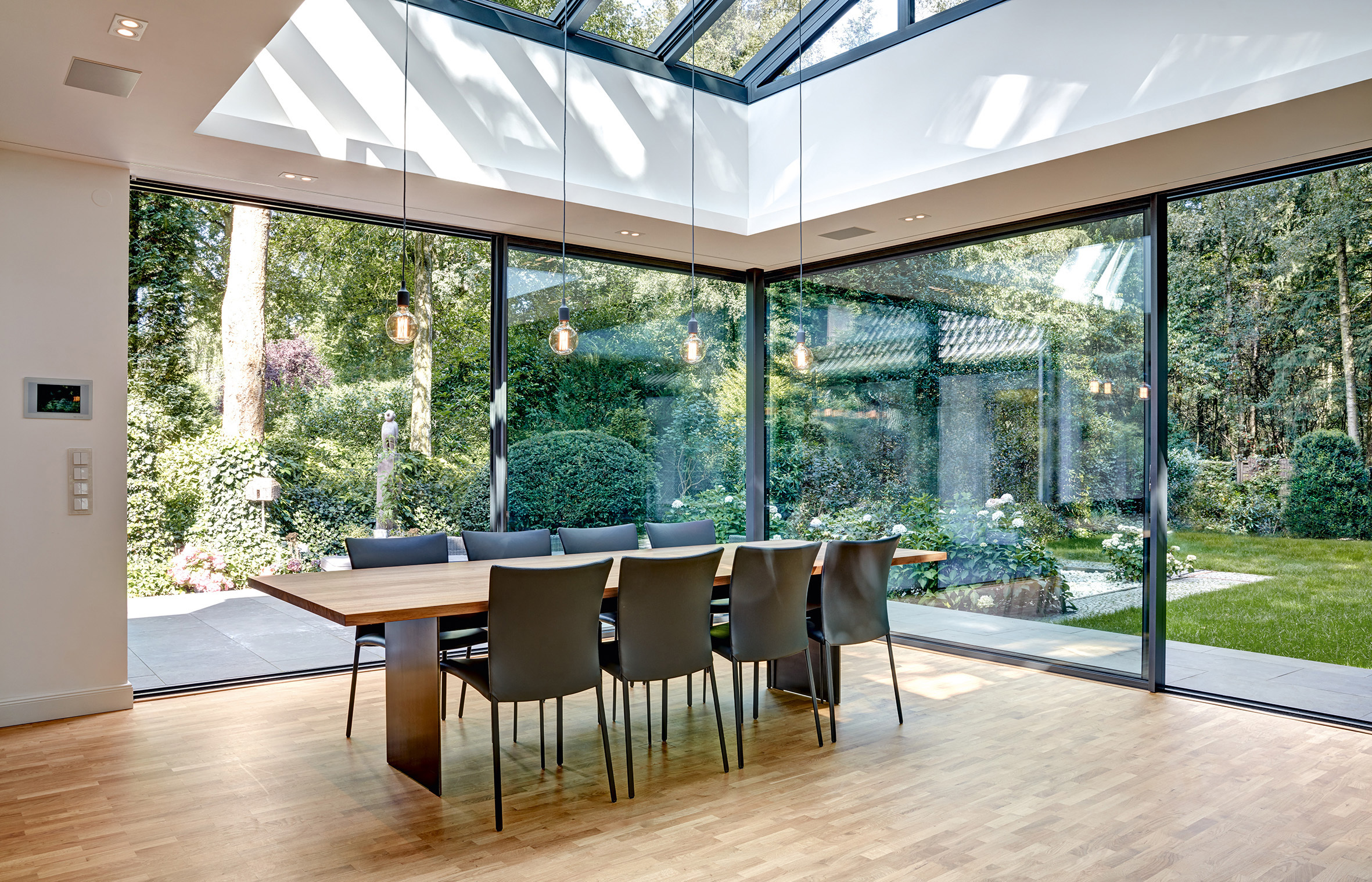 solarlux bringt mit dem schiebefenster cero licht in ei stylepark. Black Bedroom Furniture Sets. Home Design Ideas