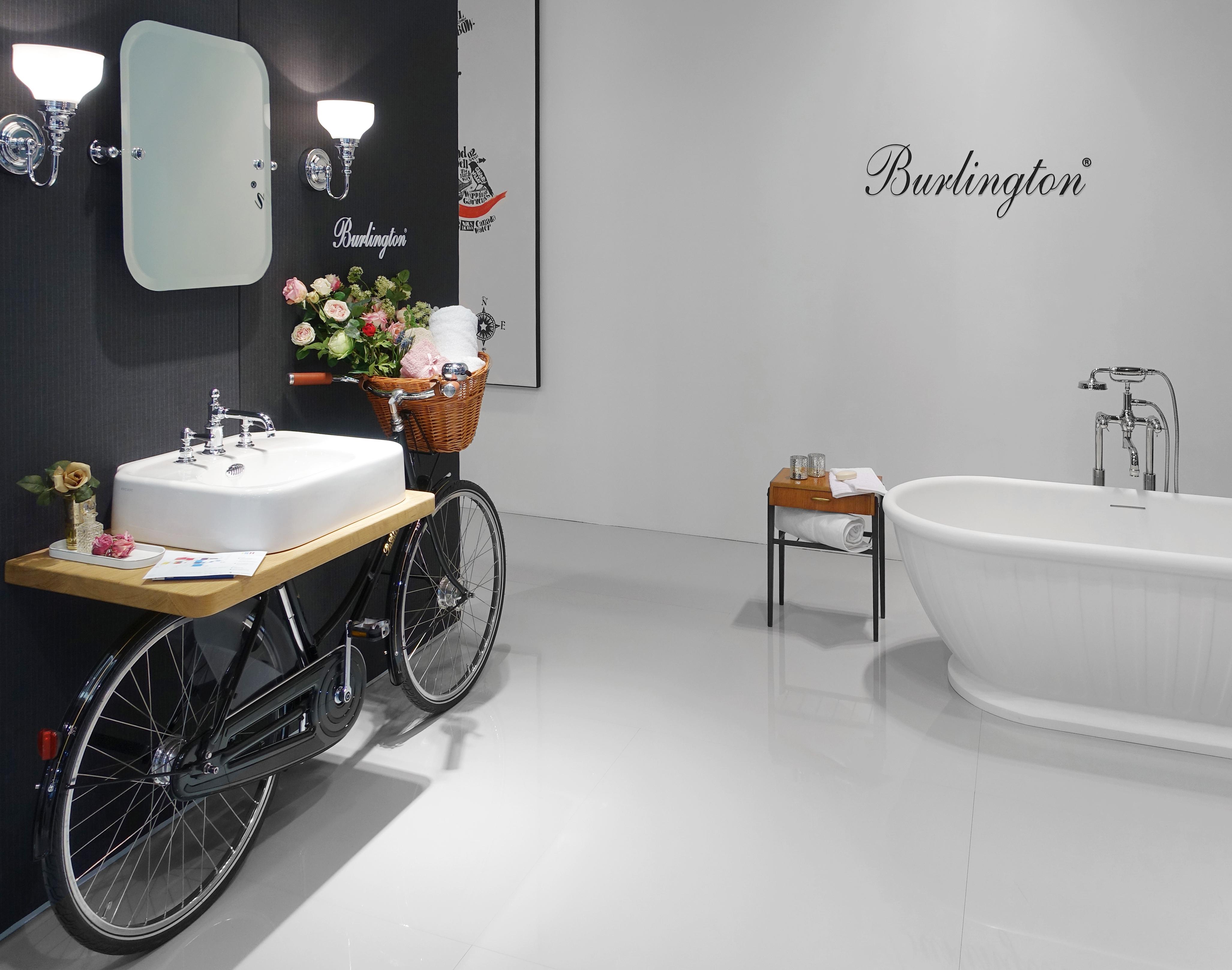 Was Heißt Waschbecken Auf Englisch die badewanne kehrt als solitär ins bad zurück stylepark