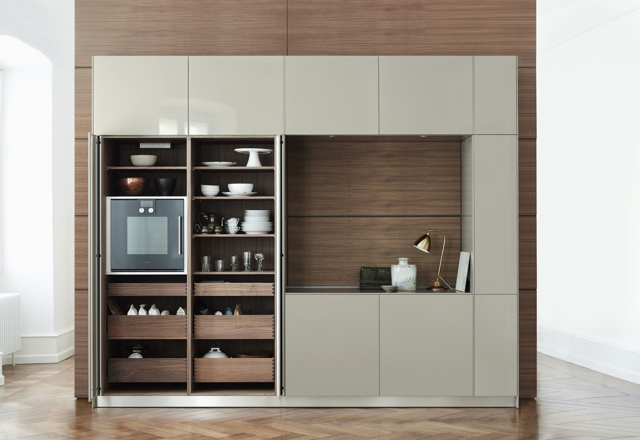bulthaup b3 rotary sliding door cabinet by bulthaup. Black Bedroom Furniture Sets. Home Design Ideas