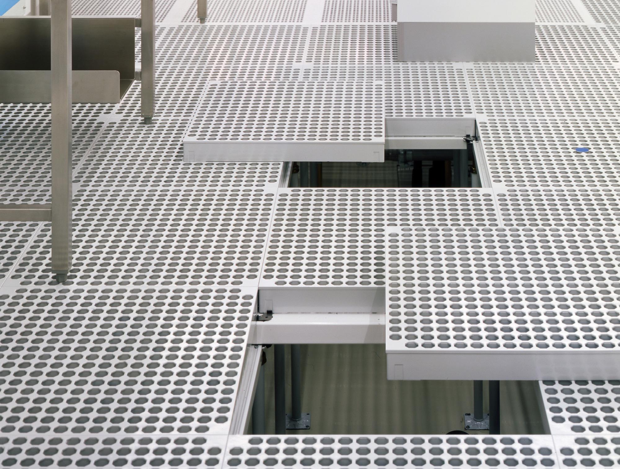 Clean Room Floor By Lindner Group Stylepark
