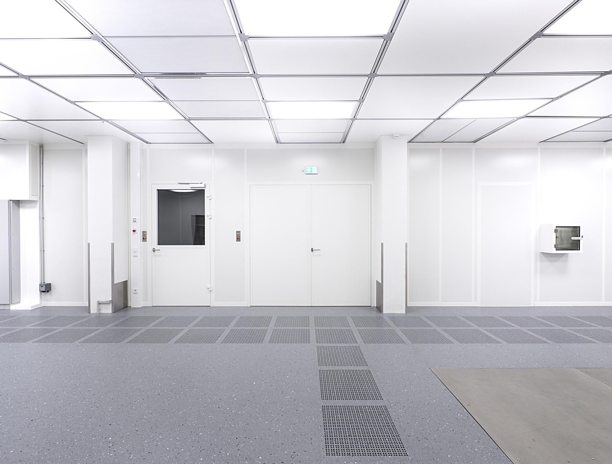 Clean Room Lighting By Lindner Group Stylepark
