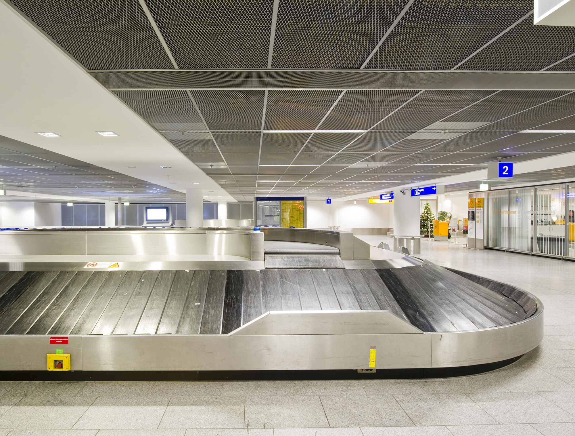 Expanded Metal Ceiling By Lindner Group Stylepark