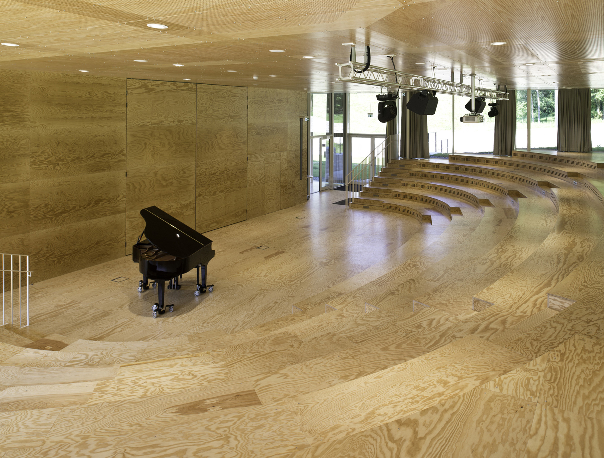 Hohlboden floor and more von lindner group stylepark for Floor and more