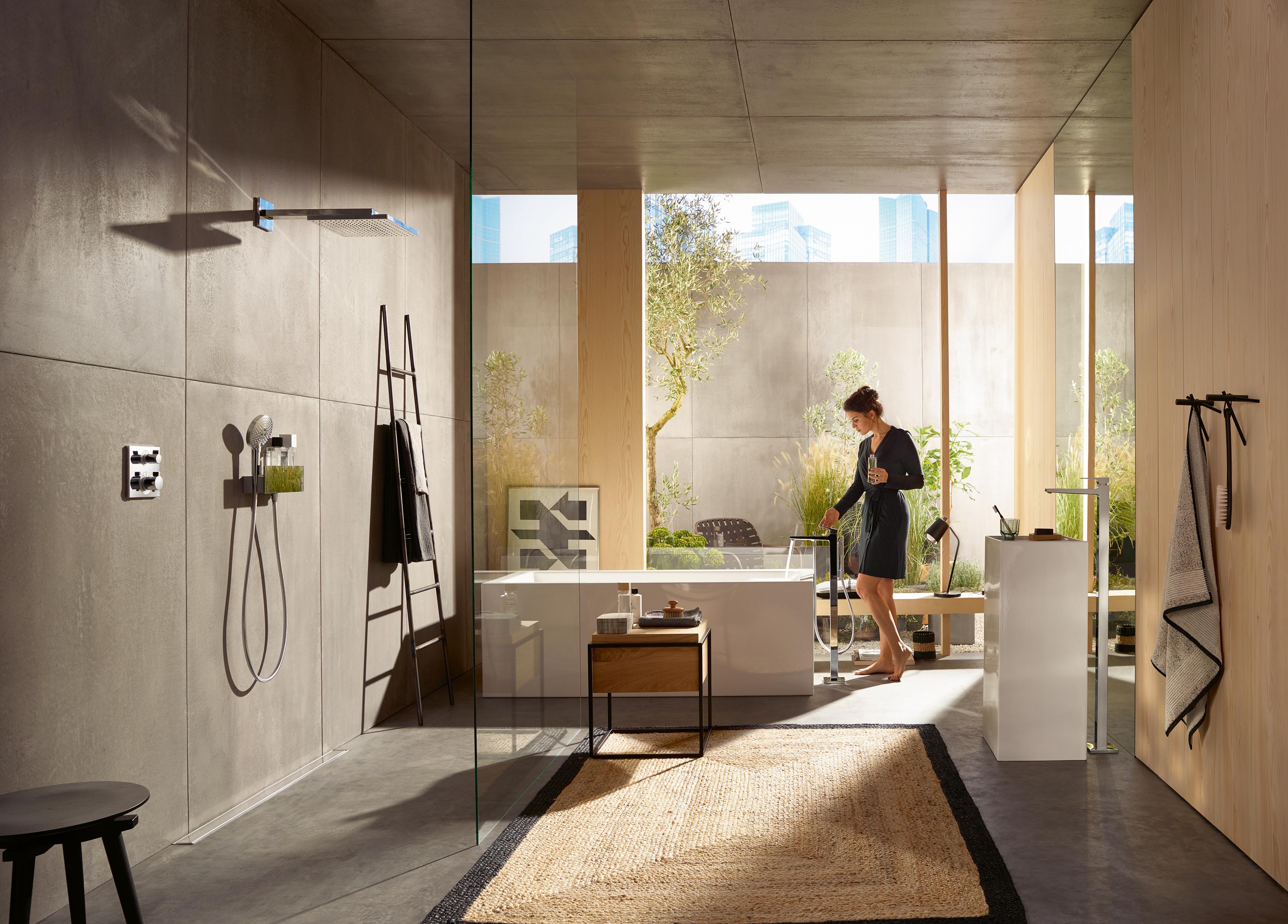 Metropol Bath Filler free standing by Hansgrohe | STYLEPARK