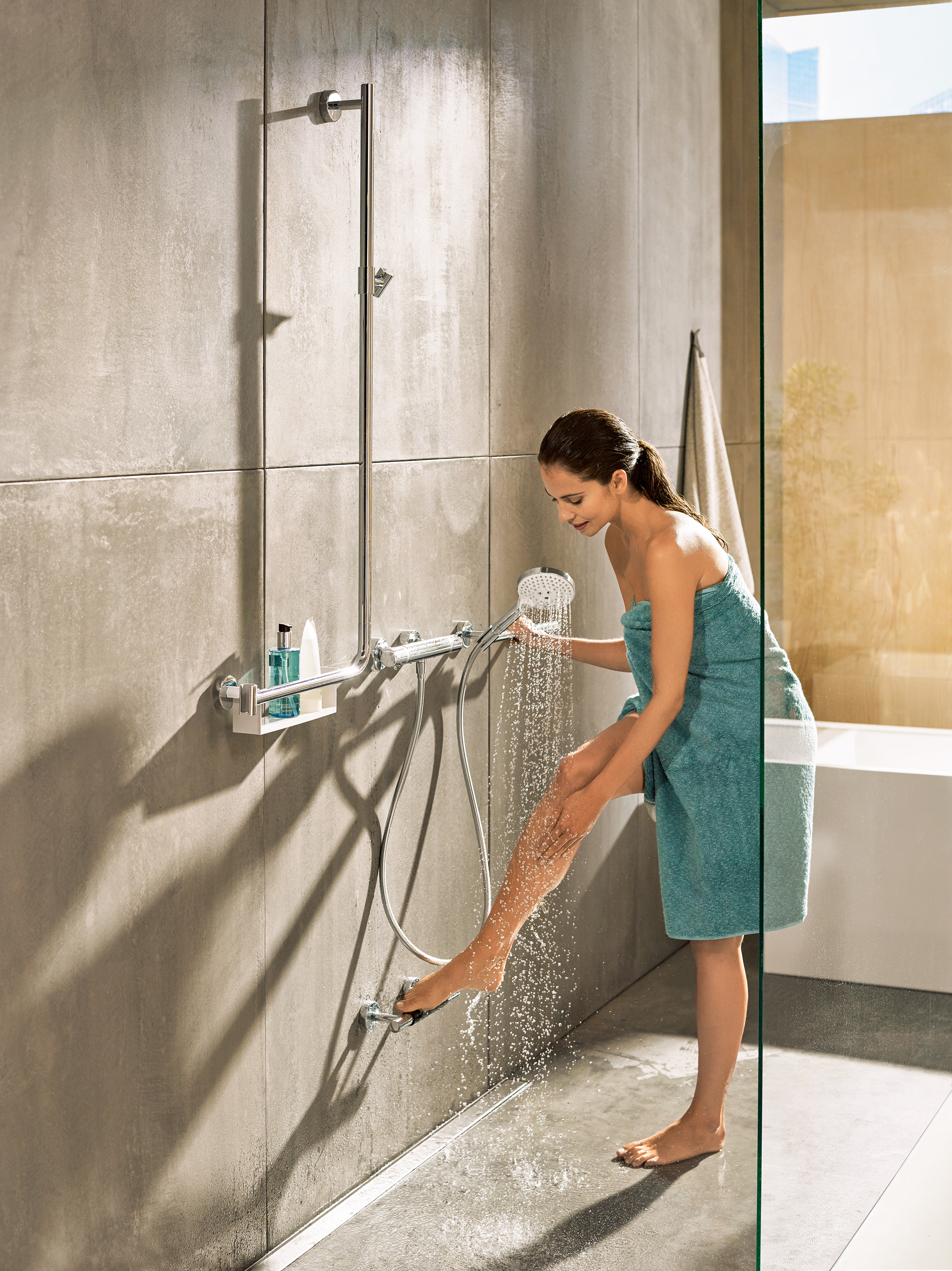 unica comfort shower bar right by hansgrohe stylepark