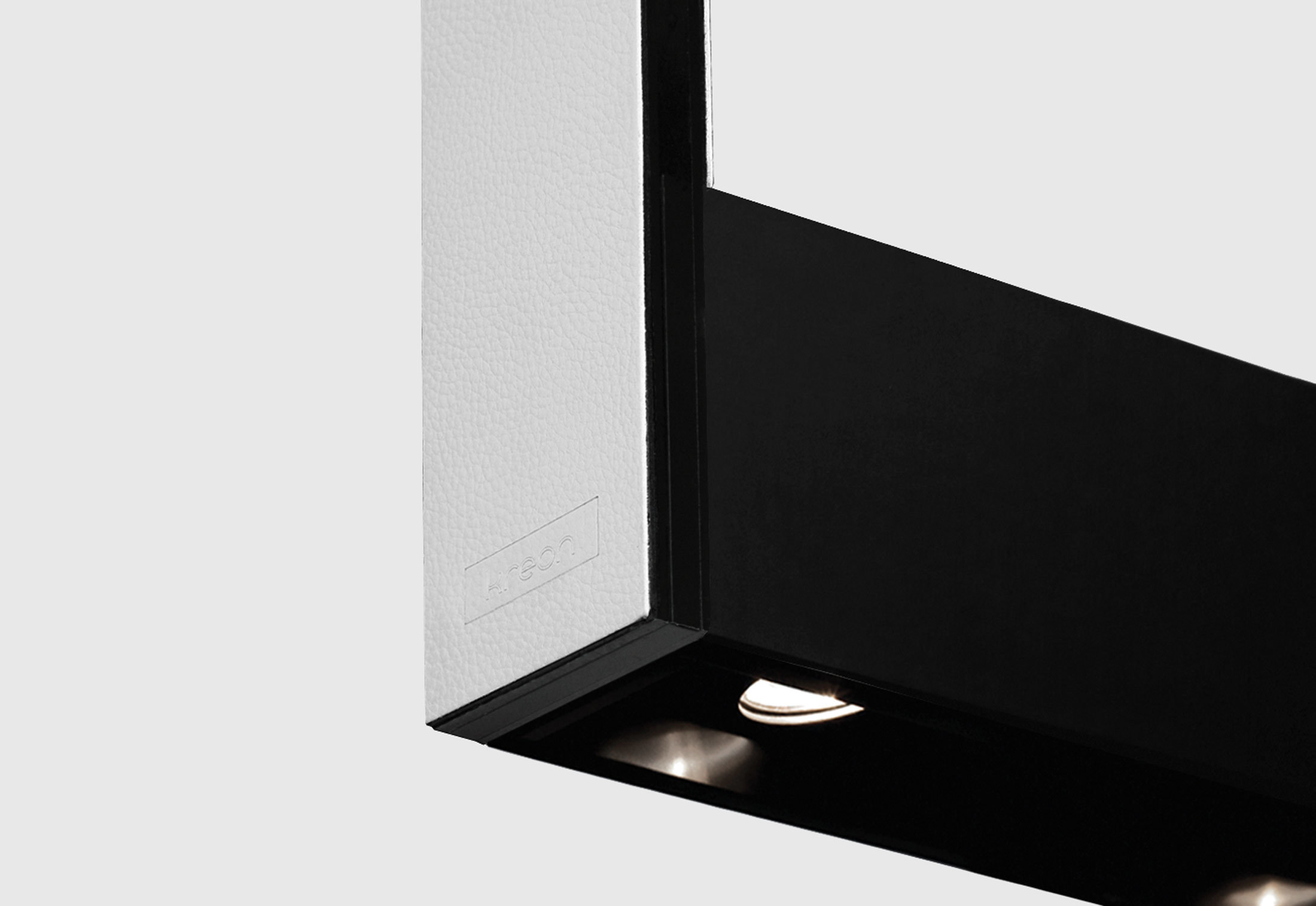 cadre led by kreon stylepark. Black Bedroom Furniture Sets. Home Design Ideas