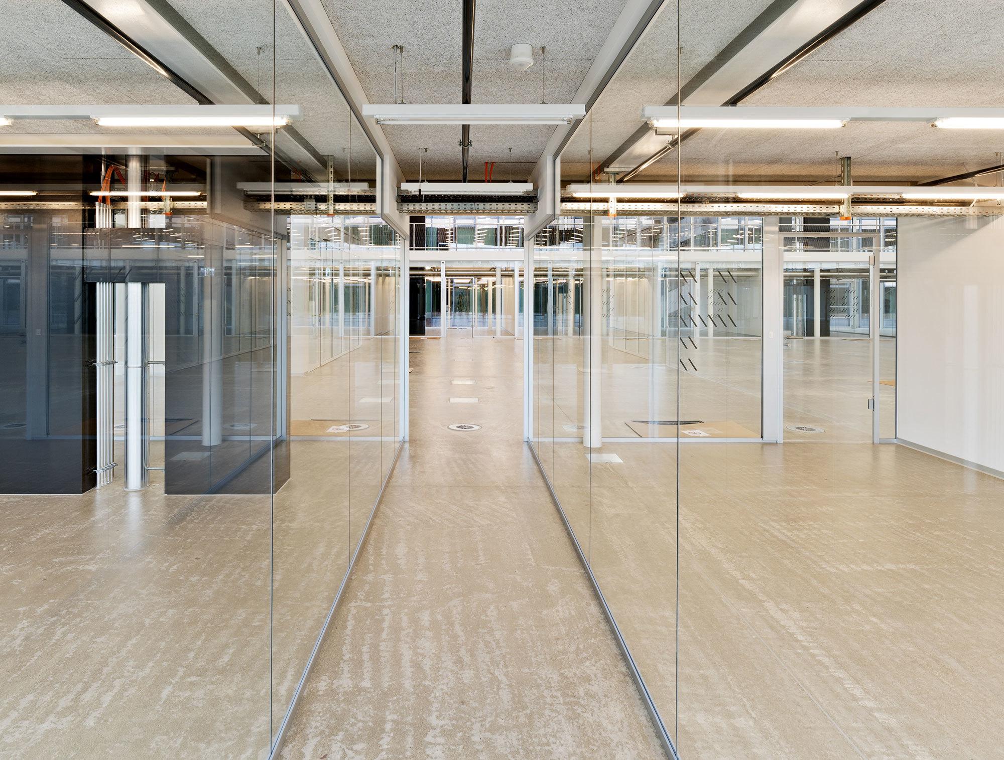 Glass Partition Lindner Life By Lindner Group Stylepark