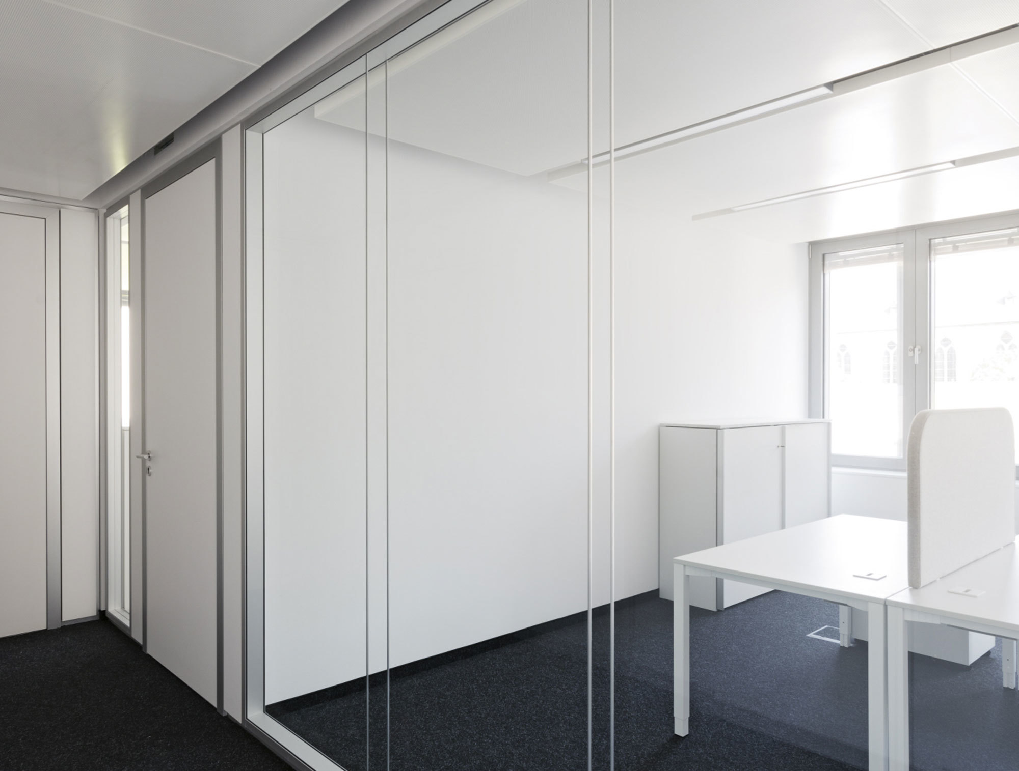 Glass partition Lindner Life 622 by Lindner Group | STYLEPARK