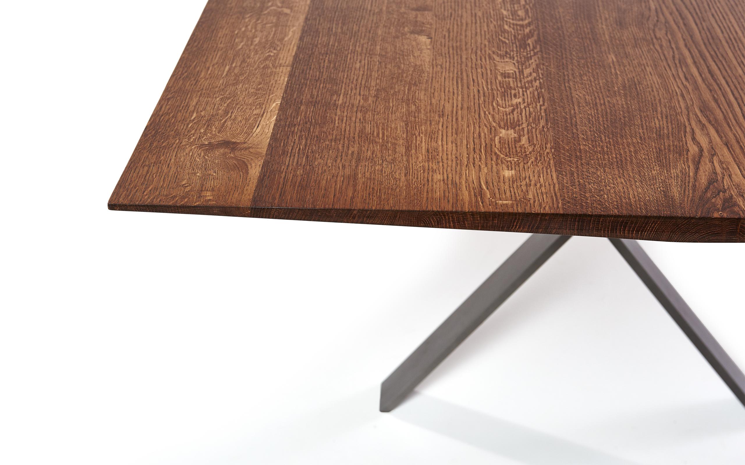 LAX Tisch von [more]   STYLEPARK