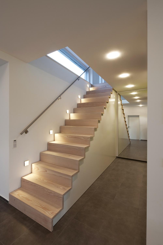 treppenstufen douglasie eiche von pur natur stylepark. Black Bedroom Furniture Sets. Home Design Ideas