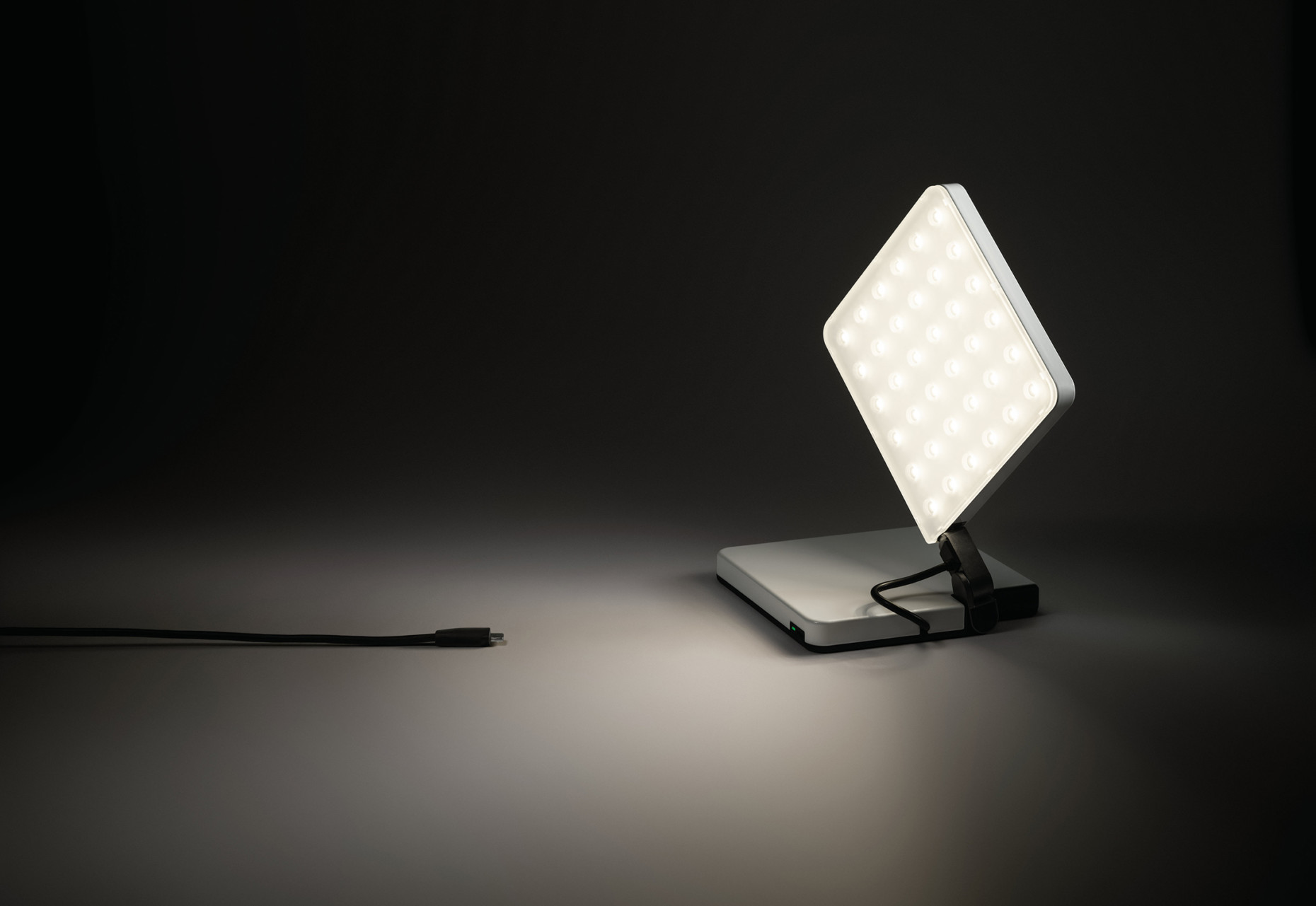 Menu Carrie Lamp : Carrie led portable lamp menu carrie led table lamp burned red