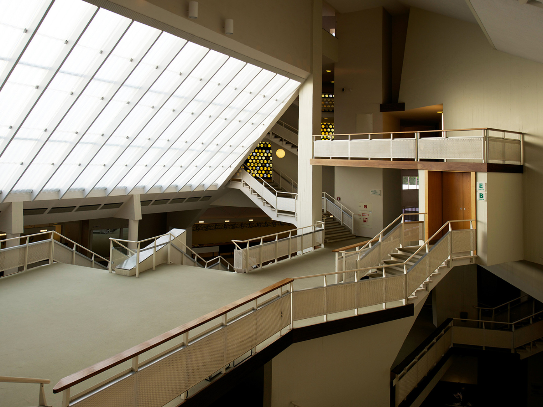 Philharmonic Hall (with Werner Weber), Berlin Tiergarten (1956-1963), foyer