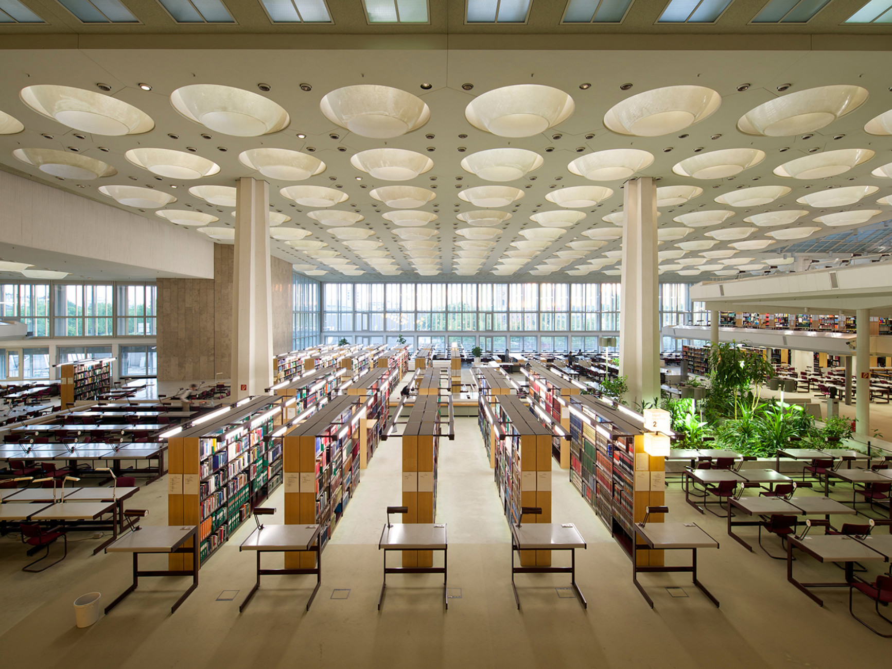 Berlin State Library (with Edgar Wisniewski), Berlin Tiergarten (1964-1978), reading room