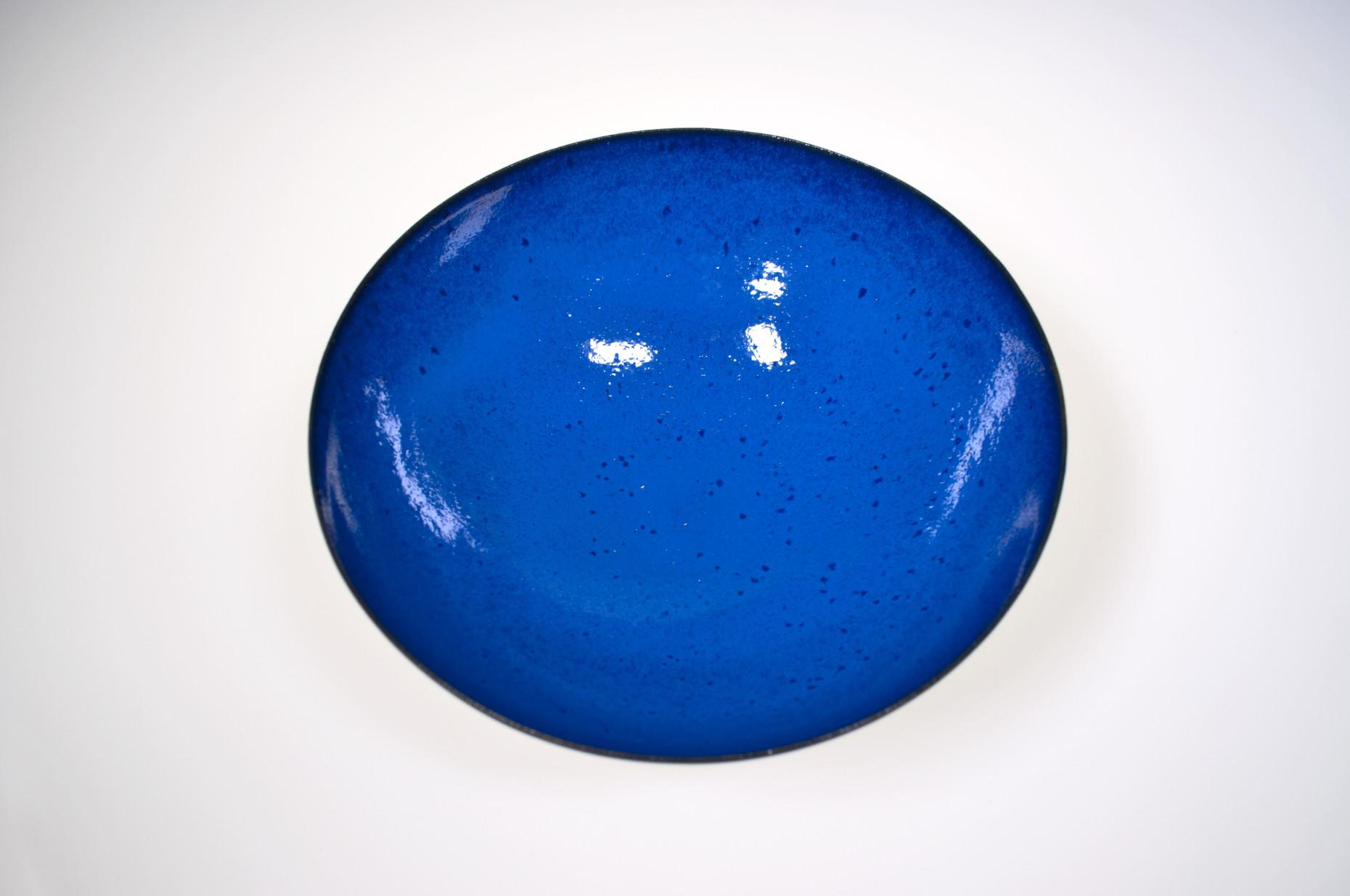 Schale,  Feinsteinzeug freigedreht, Glasur mit Cobaltnitrat und Cobaltoxid (1965-1980)