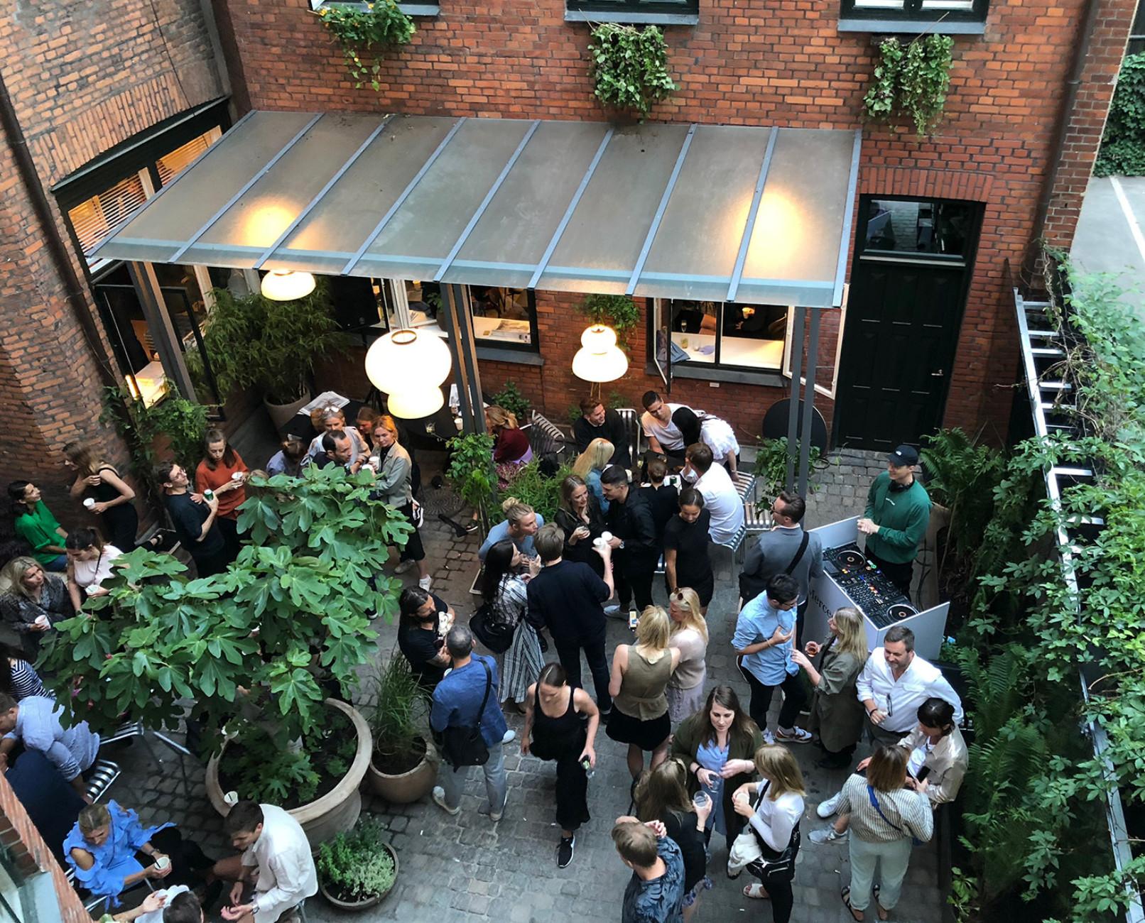 Party in the secluded backyard at &tradition