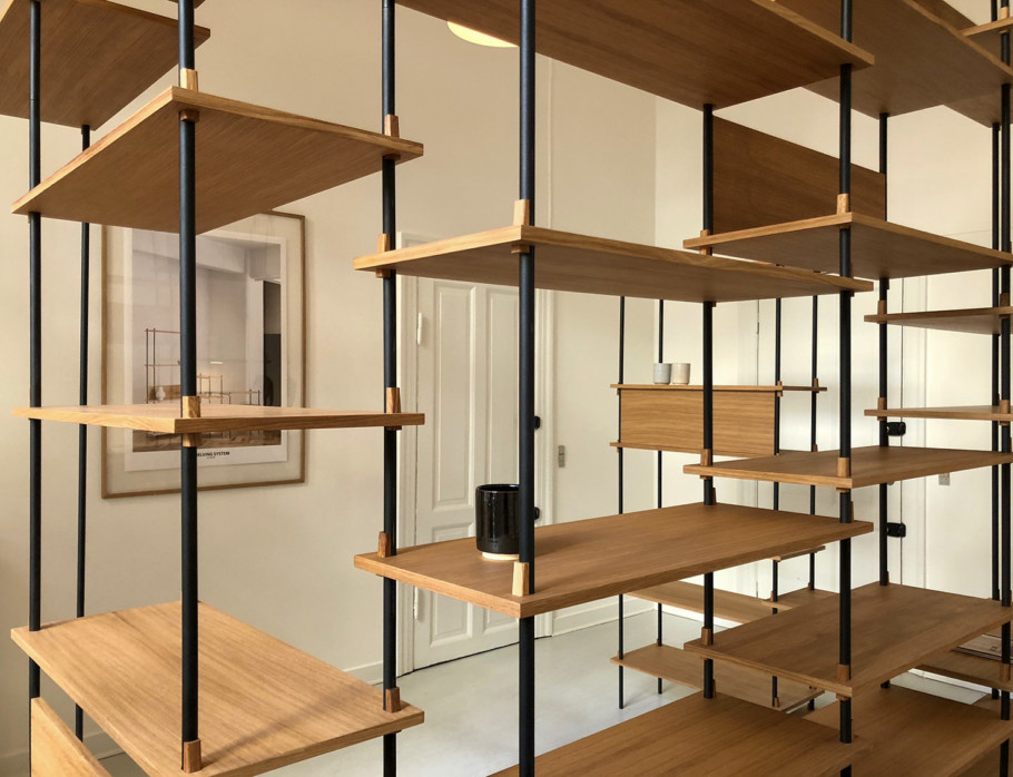 Flexible shelving system from Moebe