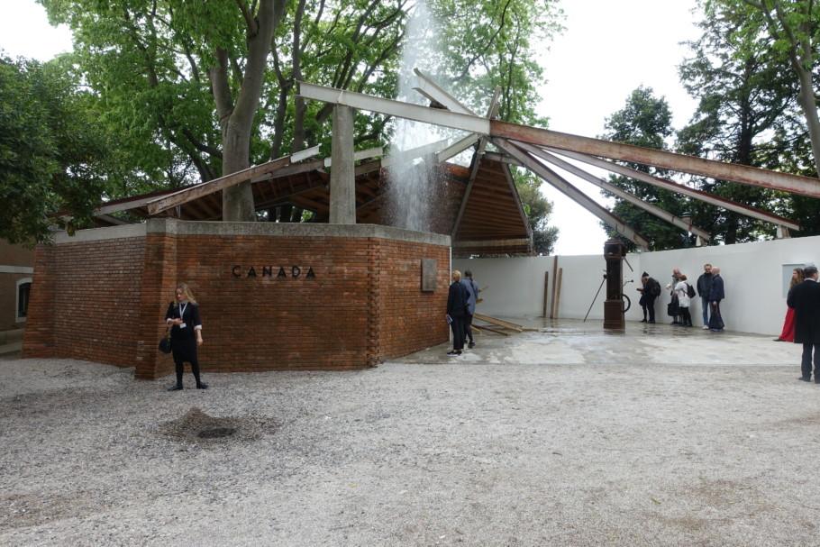 Geoffrey-Farmer-Canadien-Pavilion-Venice-Biennale