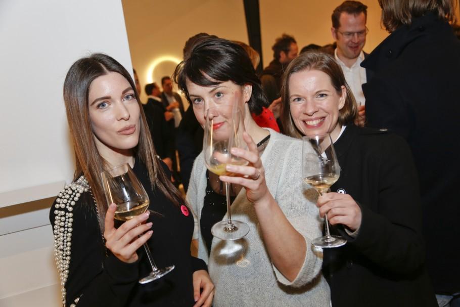 Light and Building 2018, Vibia Event, Stylepark, e15, Katerina Sarafianou (Stylepark), Valerie Zilch (Stylepark), Eva Specht (Stylepark)