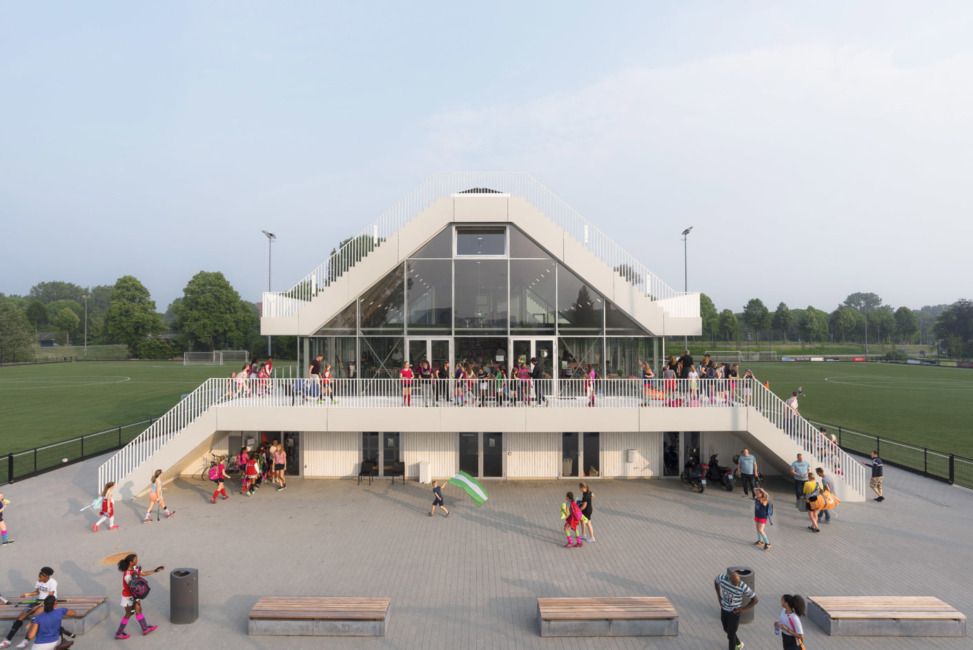 Photo Gallery Clubhouse Varkenoord in Rottendam