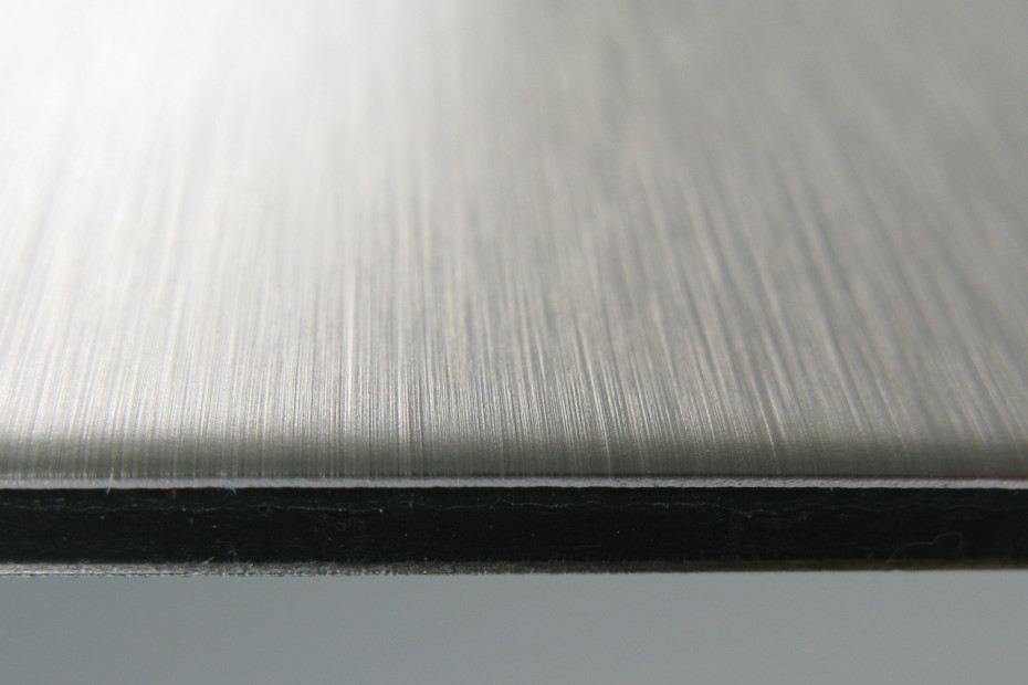 DIBOND® butlerfinish stainless steel