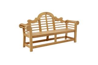 Sissinghurst seat  by  Garpa