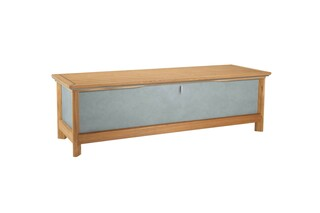 Aven chest seat  by  Garpa