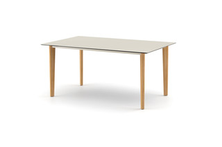 AIIR dining table 160  by  DEDON