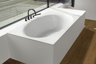 BETTEEVE oval tub  by  Bette