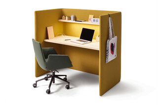 Floater desk  by  COR