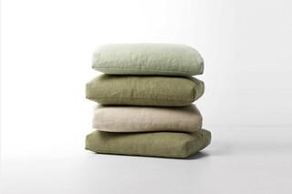 Linen and hemp cushions  von  Paola Lenti
