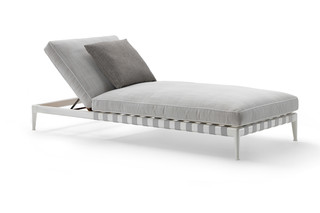Atlante daybed  by  Flexform