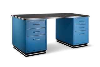 TB 228 workstation with 2 container  by  müller möbelfabrikation