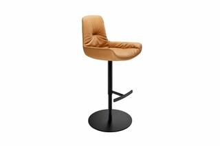 Leya bar armchair low with central leg  by  Freifrau
