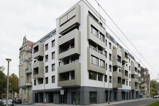 concrete skin & formparts.fab, mzwei Dresden  von  Rieder