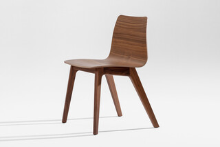 Morph Plus – Wooden seat veneered  by  Zeitraum