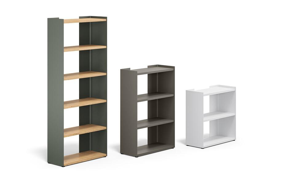 Slide storage elements