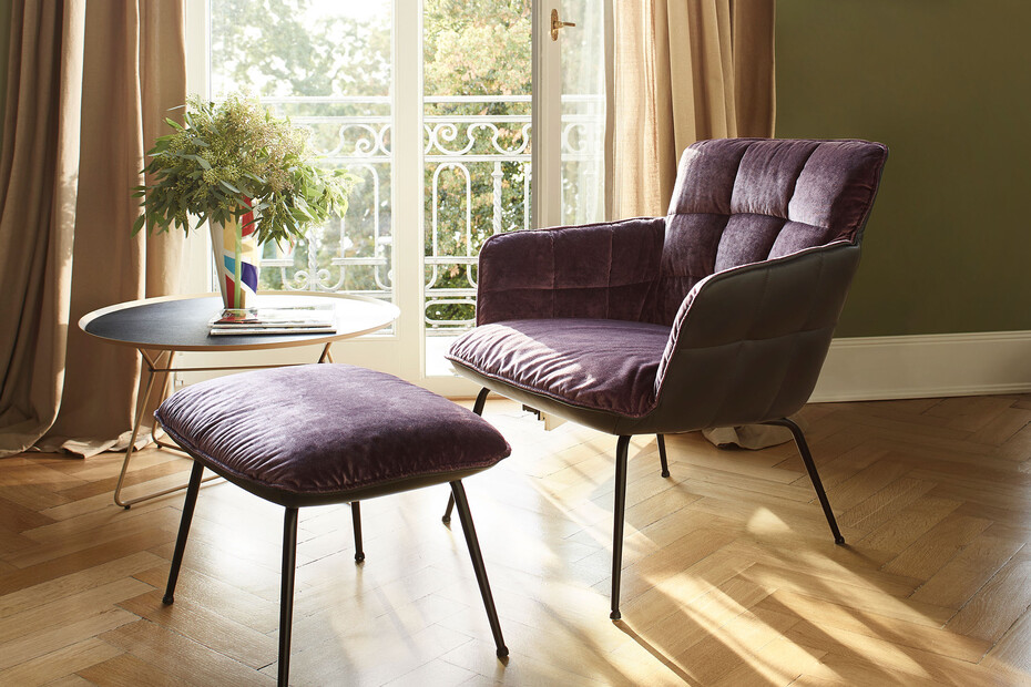 Marla easy chair low with steel frame