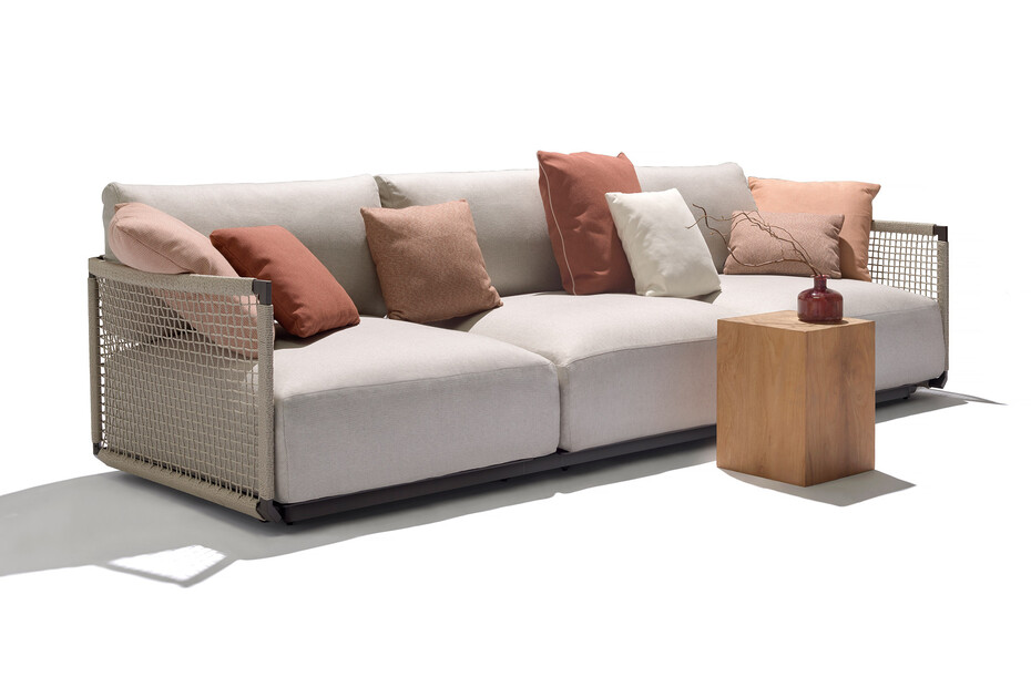 Nodi Sofa