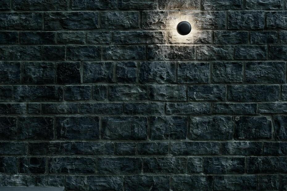Bellhop Wall
