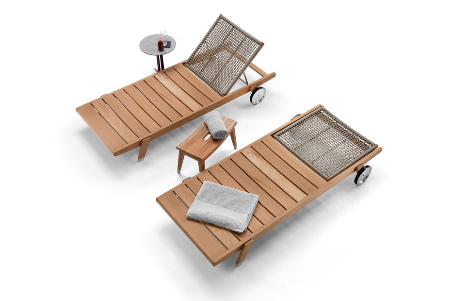 Hora Sexta daybed