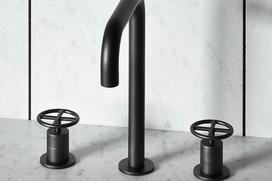 3-hole washbasin mixer