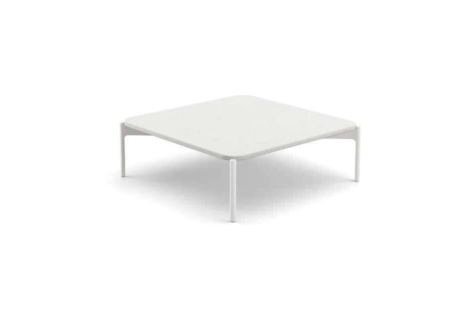 IZON coffee table 80x80
