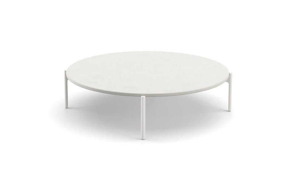 IZON coffee table 111