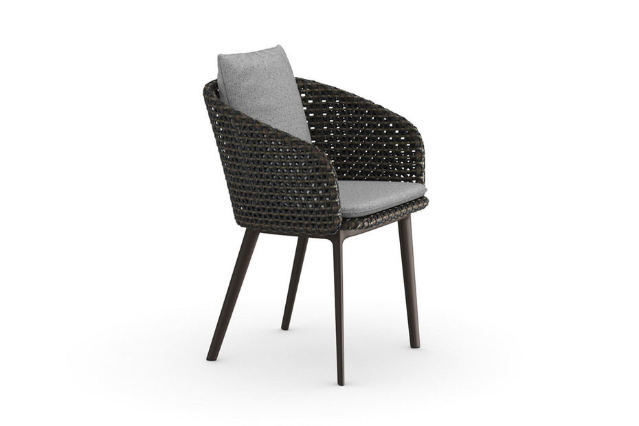 MBRACE armchair aluminum base