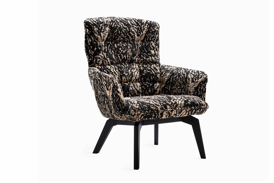 Marla Easy Chair mit Holzgestell