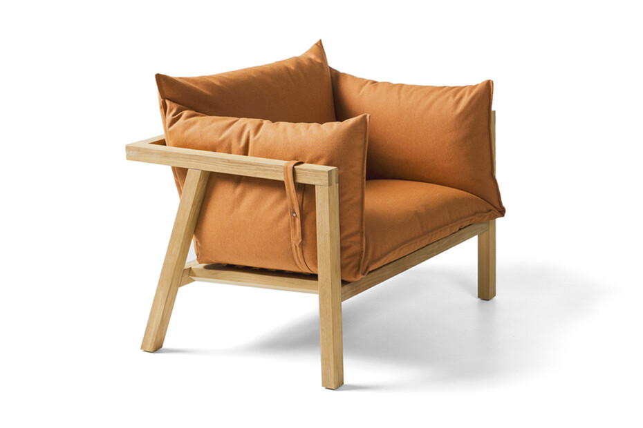 Umomoku armchair outdoor