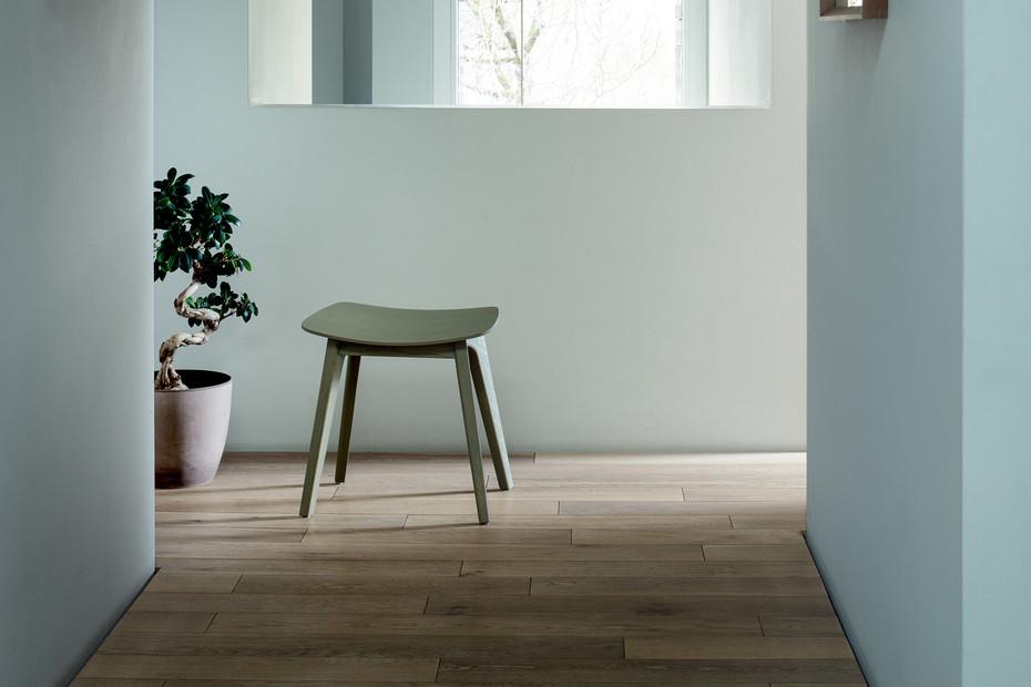 Morph Stool – Holzsitz